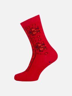 чорапи с червени шевици